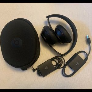 Sold❌Beats by Dr. Dre - Solo 3 Wireless Headphones